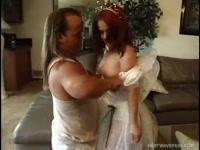 Жесткий секс карликов молодоженов